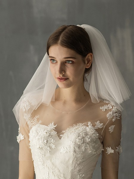 Graceful Tulle Two-Tier Shoulder Voiles