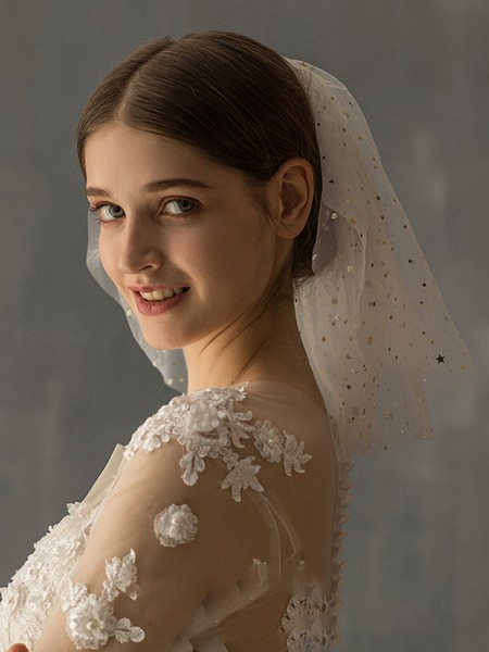 Gorgeous Tulle Two-Tier Shoulder Voiles With Paillette