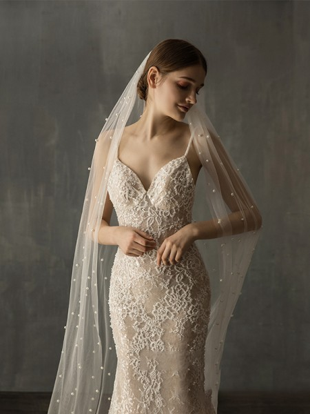Gorgeous Tulle One-Tier Chapel De mariée Voiles With Imitation Pearl
